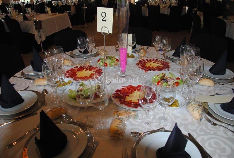 Montaje de mesas