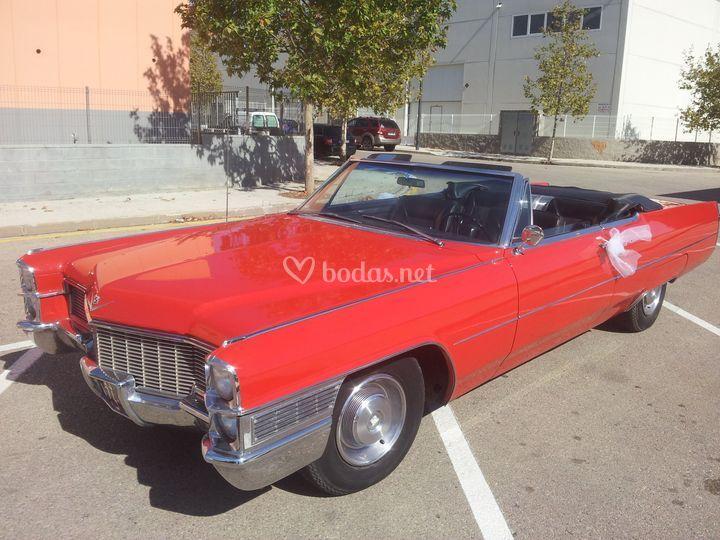 Cadillac vermell
