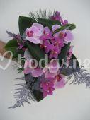 Ramo de novia con orquideas morada