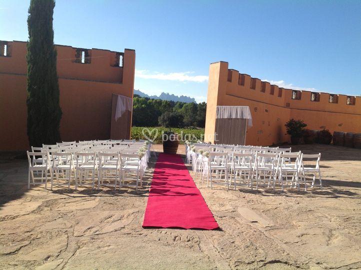 Ceremonia en la puerta del castillo