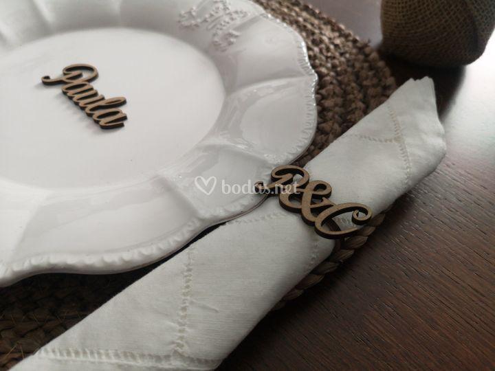 Adorno de servilleta y plato