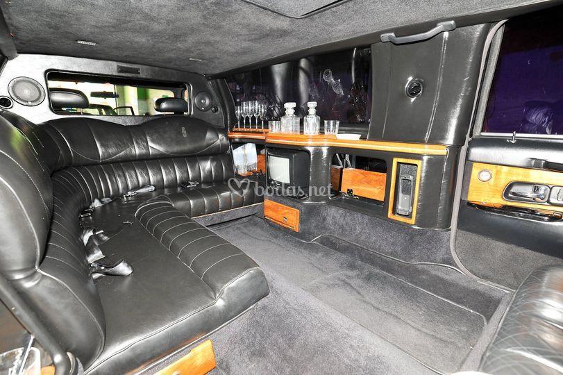 Interior limusina 7.5m
