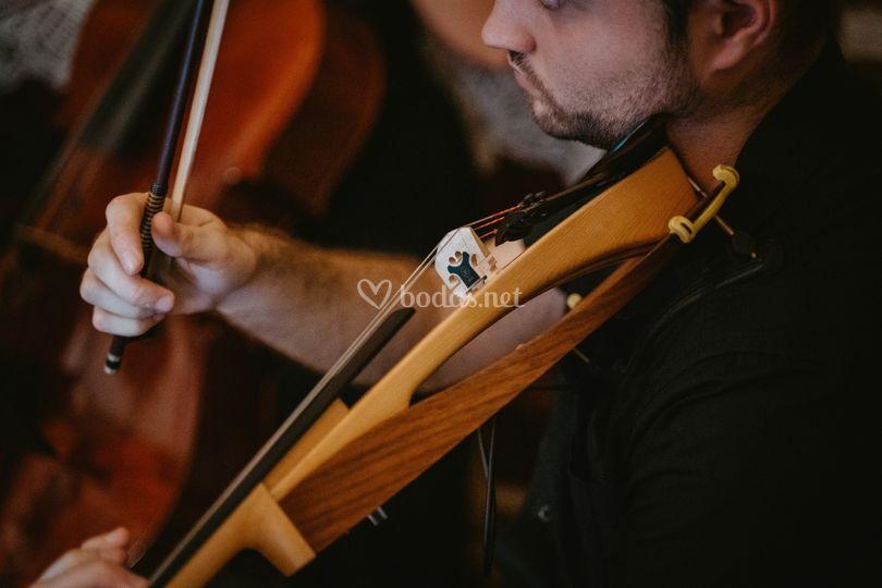 Pablo al violin