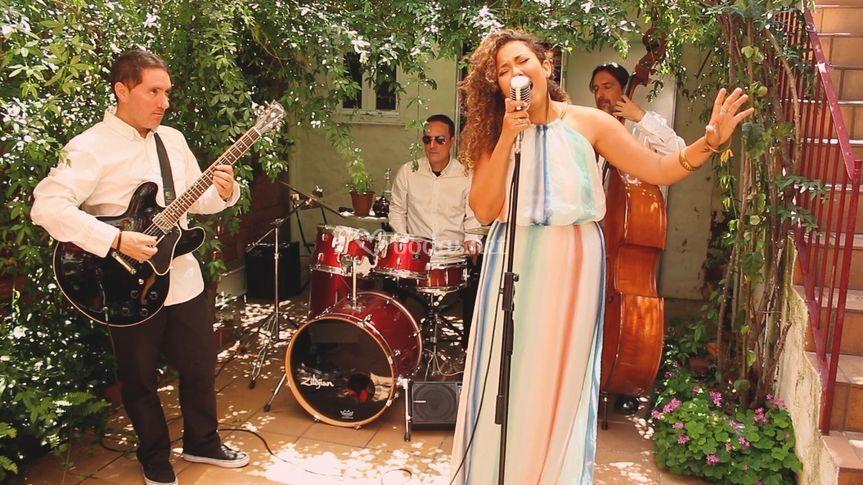 Atenea Carter & Groove Collective
