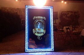 HollyBooth Magic Mirror