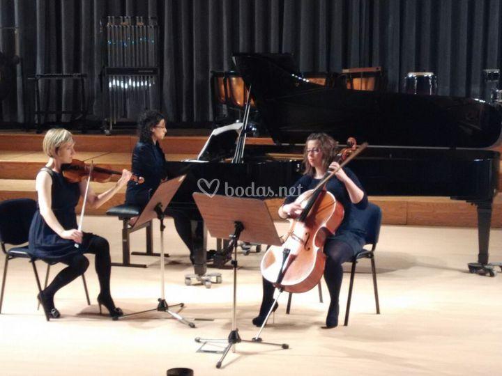 Cons. Superior de Música Oviedo de Mnemusine
