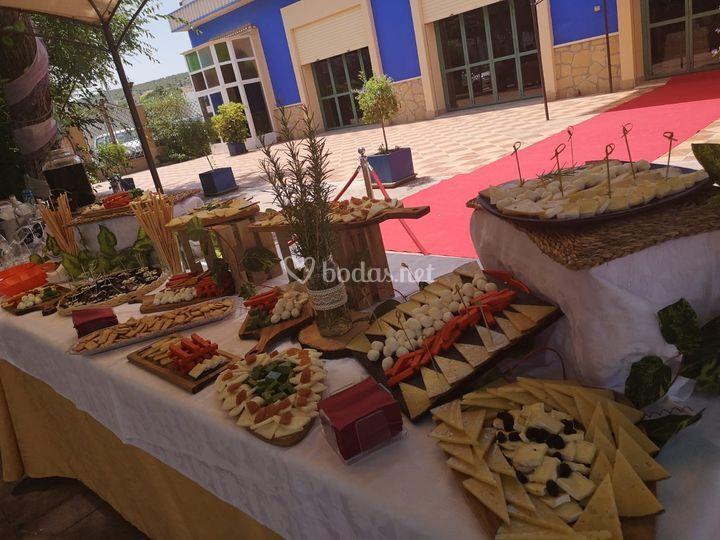 Mesa de quesos e ibéricos