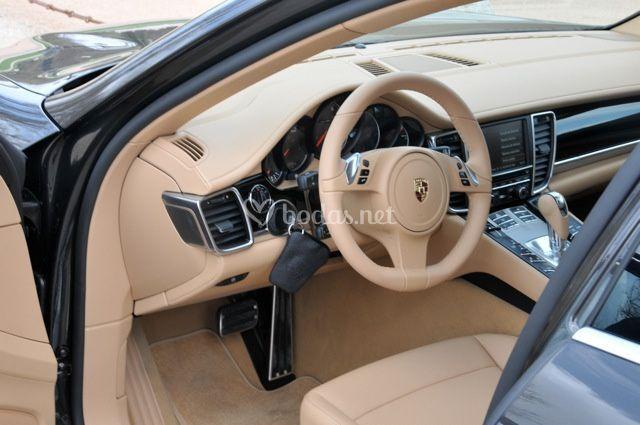 Porsche detalles interior