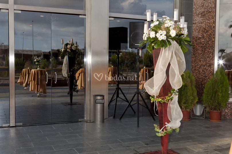 Flores puerta entrada