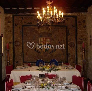 Celebración de boda al interior del palacio