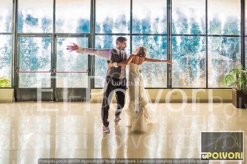 Cascada vidrio baile nupcial