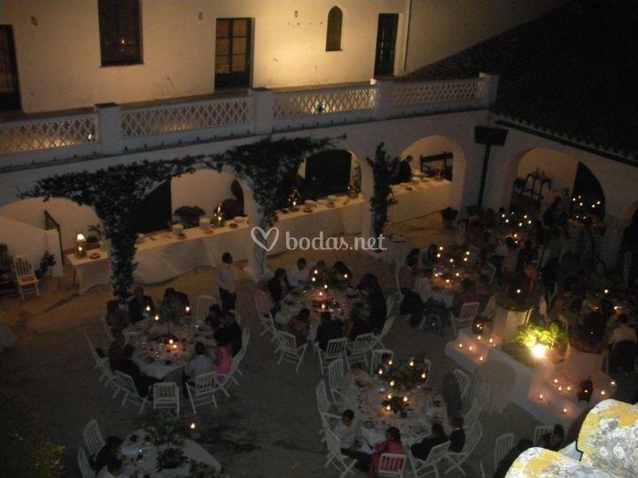 Banquete en patio