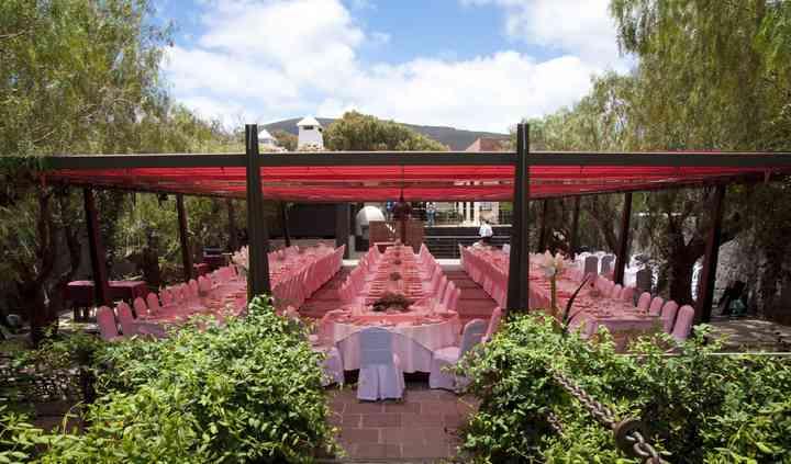 Terraza y montaje para 200 personas