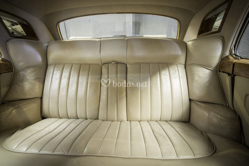 Interior Rolls Royce 1958 Aire