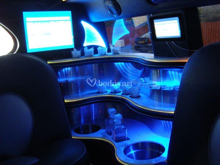 Hummer H2 Tandem Interior