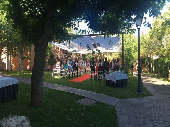 Ceremonia civil en verano