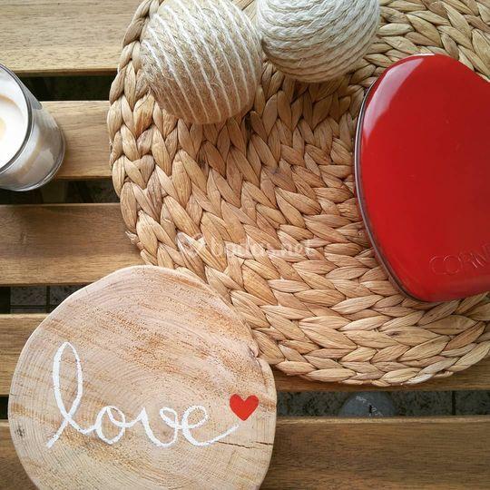 Disco de madera con lettering