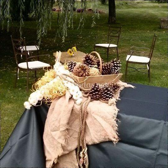 Detalle buffet boda rústica