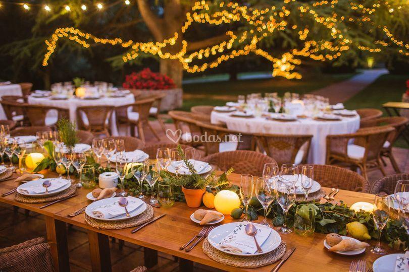Detalle boda mesa madera