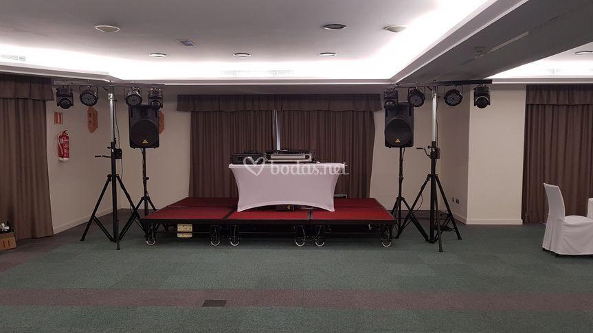 Sonido e iluminación fiesta