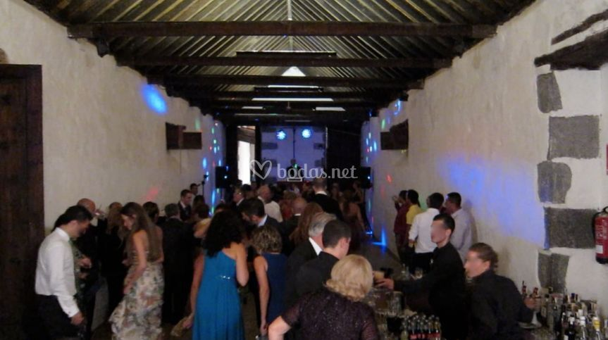 Dj boda Bodega de Parrado