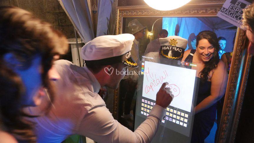 Firma y escribe en la pantalla
