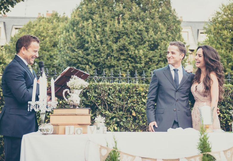 Oficiante de ceremonia