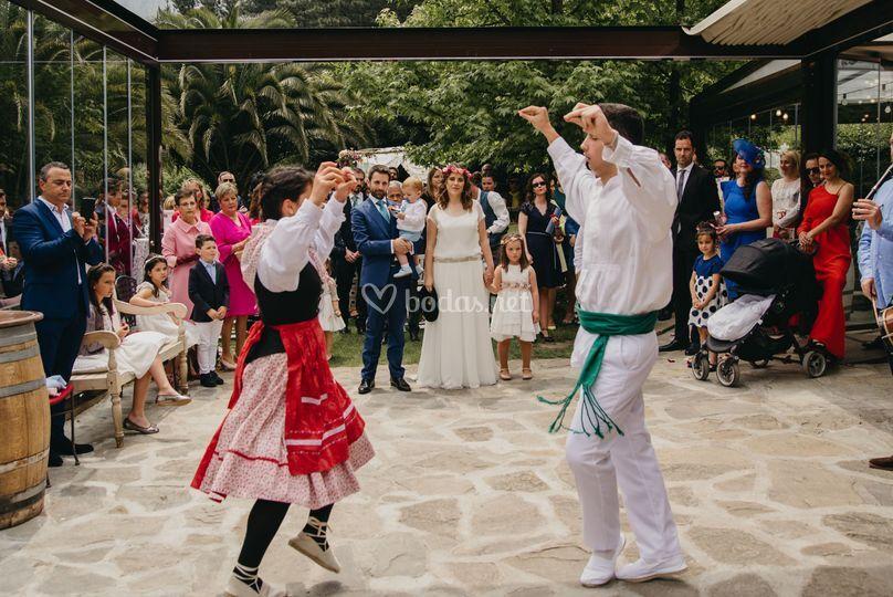 Aurresku boda