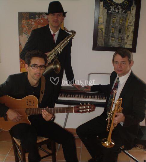 El trío con piano/teclado