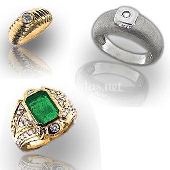 Sortijas de oro y diamantes para pedidas