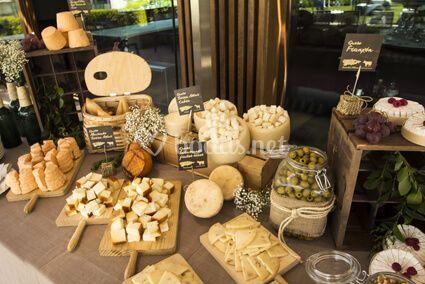 Fuentes y mesas de queso