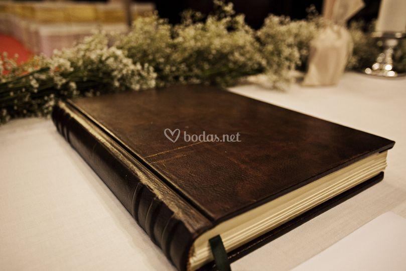 Detalle libro de firmas