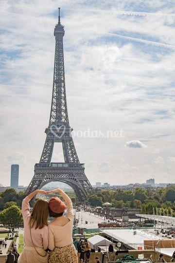 Disfrutad del amor en París