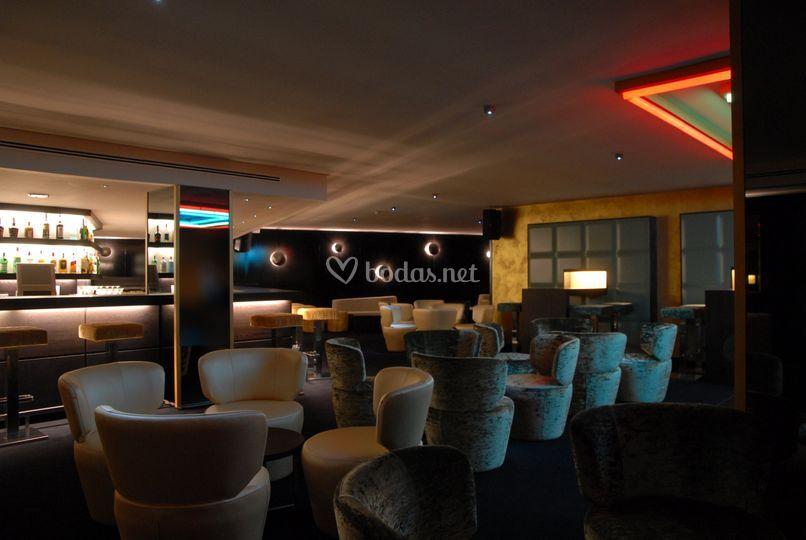 Pub Status - Prortur Biomar Gran Hotel & Spa