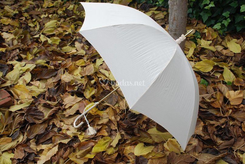 Paraguas de novia plisado