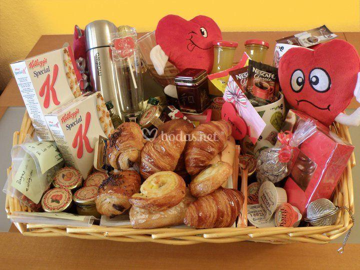 Desayunos con encanto - Sorpresas para recien casados ...