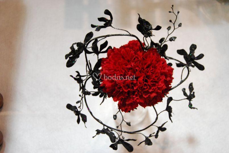 Ramo de novia rojo y negro