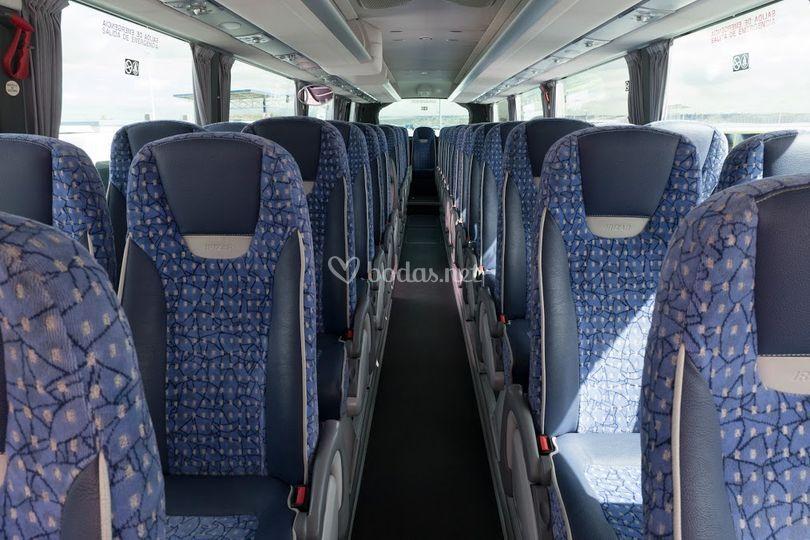 Interior de los autobuses de 55 plazas