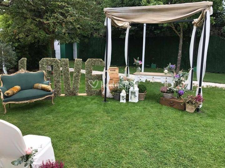 Mesa ceremonia con love
