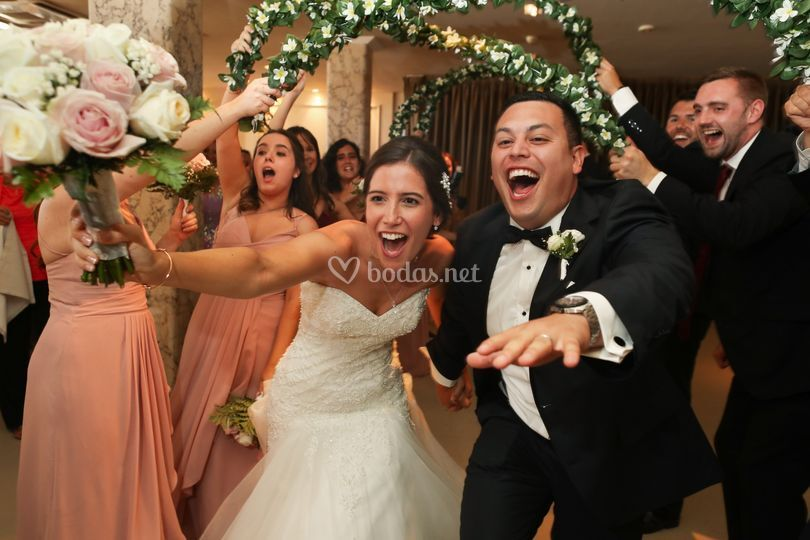 Entrada novios, boda americana