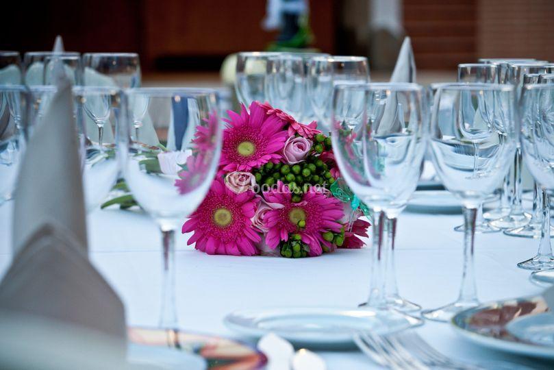 Restaurante las nieves for Centros de mesa para restaurantes