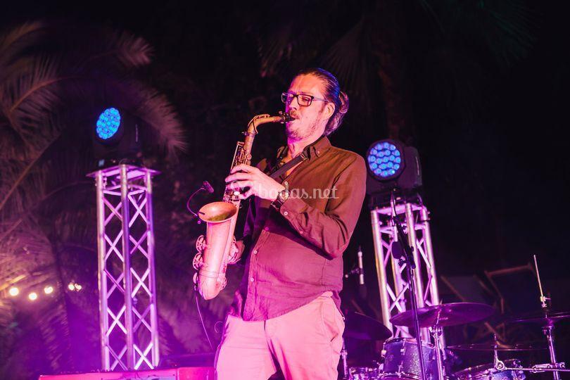 Saxofonista en directo