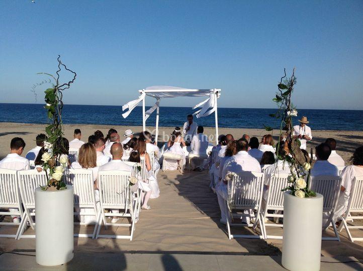 grupo casablanca ceremonias en la playa