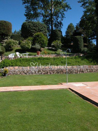 Jardín extenso