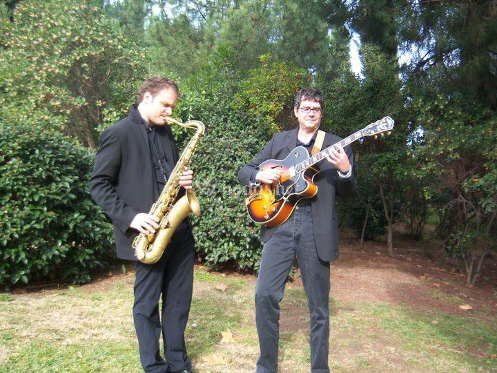 Saxo y guitarra
