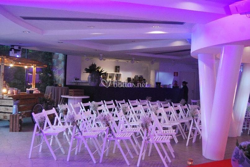 Ceremonia en interior