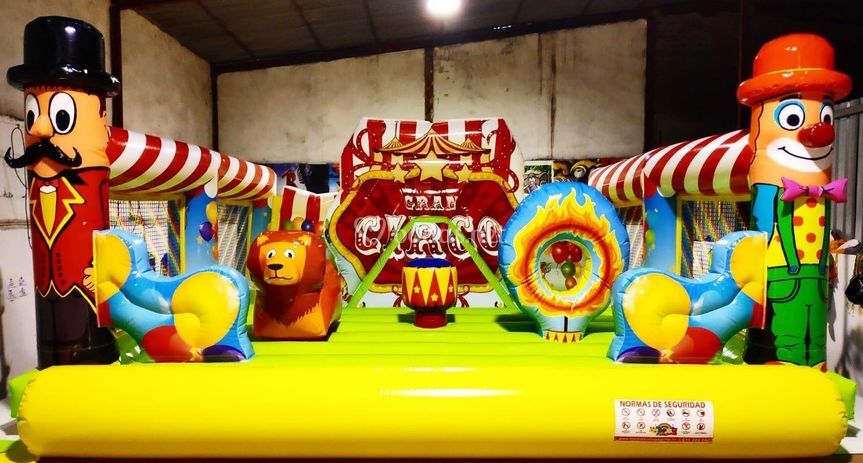 Hinchable circo