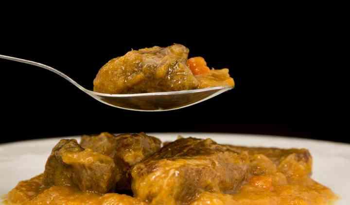 Plato cocinado de cerdo asturcelt