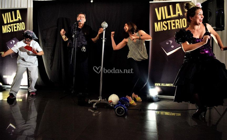Villa Misterio, Show