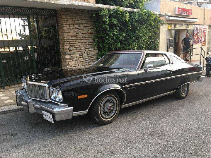 Ford Torino 74